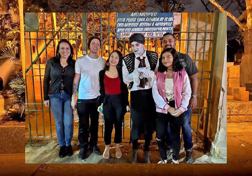 Carlos Eduardo com a família e Ethernya. Foto tirada com o modo Night Vision